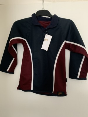 New boys long sleeved top size 26/28 in
