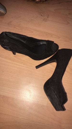 Black lace high heels size 5