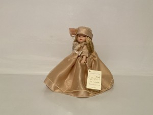 Vintage Small Porcelain Girl Doll L' Infinito Collection Dolls Gifts