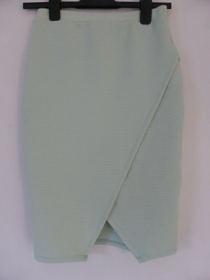 'New Look' Pale Green Stretch Skirt - Size 8