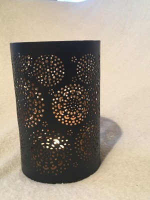 MEDIUM BLACK CANDLE HOLDER