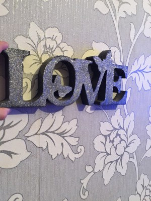 Glitter love sign good condition collection or can deliver