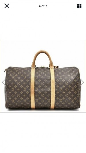Luxury travel bag with detachable shoulder strap in fabulous condition