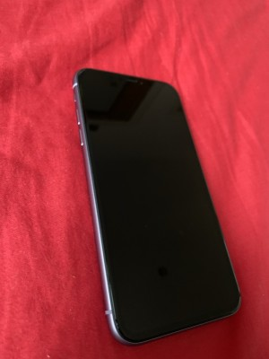 iPhone 11 Only selling as I've upgraded free shipping no time waster