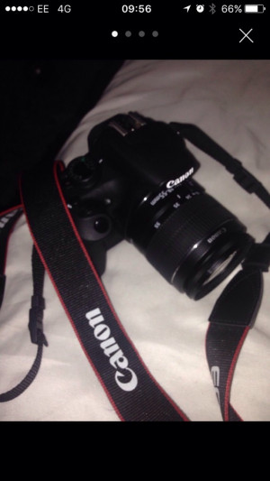 Eos Canon 1200D with Zoom Lenses & Official Canon Case