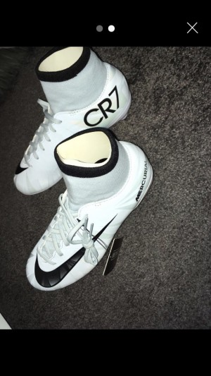 Nike cR7 Mercurial  size 3