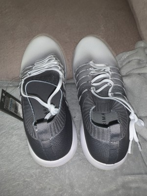 Sport trainers grey and white never worn