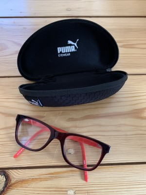 Boy's PUMA reading glasses