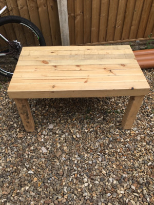 Hand made coffee table, partner makes lots of coffee tables in his spare time. Questions answered :) thankyou