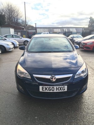 Vauxall astra 1.4 petrol 2010