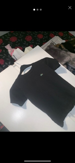 unisex children's Lacoste top aged 10