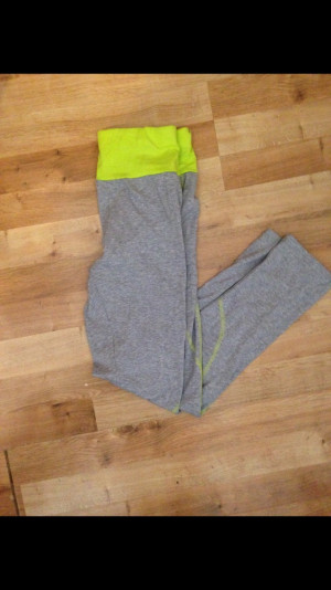 Leggings size 10 only new never worn