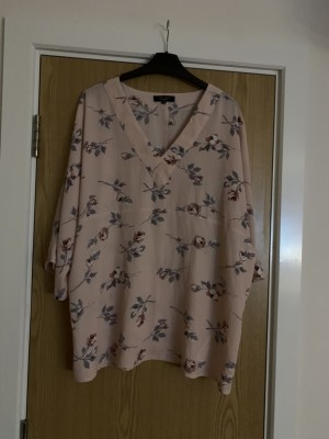 Maternity Top Size 14