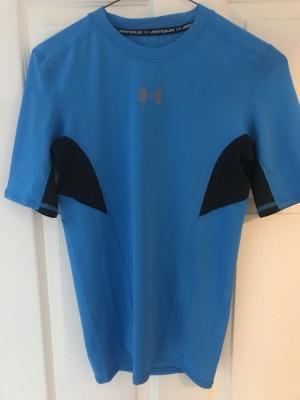 Under Armour T-Shirt Blue Size S Never Worn