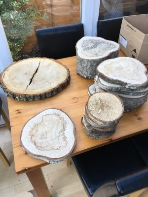 log slices - wedding centre pieces
