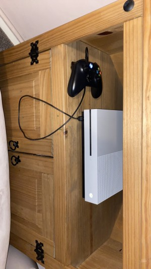Tv and Xbox one s