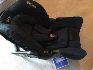 baby 0+ car seat and isofix base