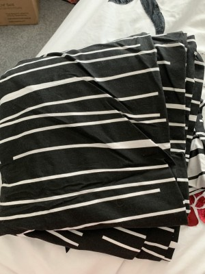 Black and cream double duvet cover with 1 pillowcase used