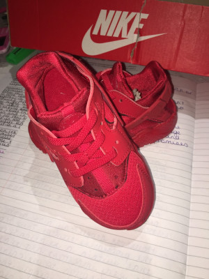 INFANT Nike Huaraches size 7.5  COLLECTION ONLY
