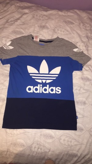Adidas top 11-12 years great condition