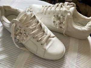 """BOOHOO White """"Bling"""" trainers size 8"""