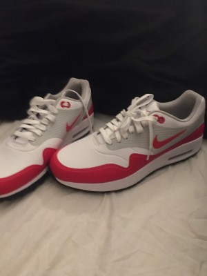 Size 9 Nike's real