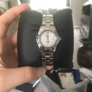 Original genuine gorgeous TagHeuer diamond watch. Needs a new battery, ladies watch, aqua racer (waterproof) Comes in all original packaging and with spare links, no receipt. Message me if you have questions.