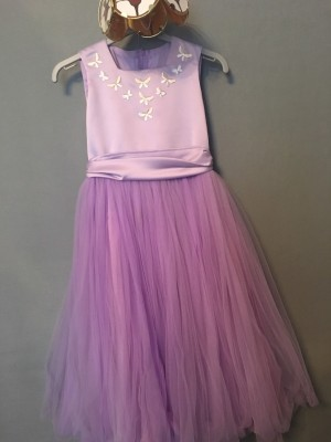 Girls lilac bridesmaid dress age 8-9