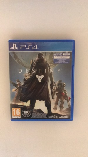 PS4 game used once excellent condition