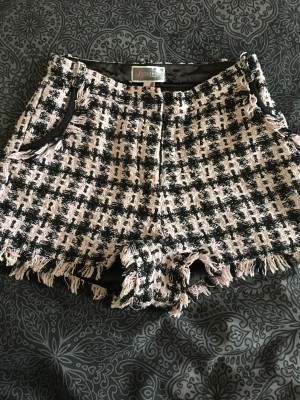 Ladies Lipsy Shorts