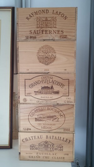 Wine crate decor storage boxes 12 bottles, empty on the inside